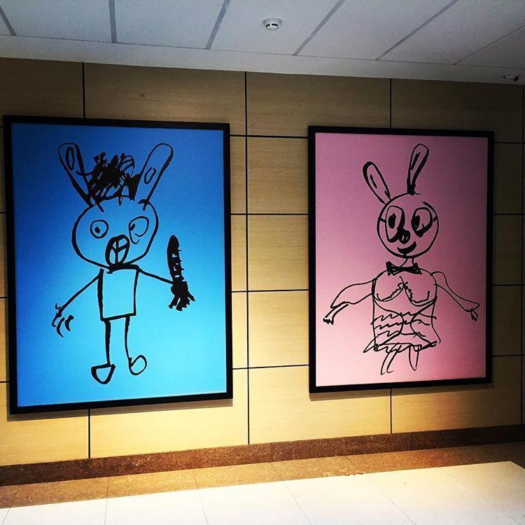 Кто нарисовал зайцев в «Omega Plaza» Ω? - Volkov I.I. Lab (https://viil.ru)